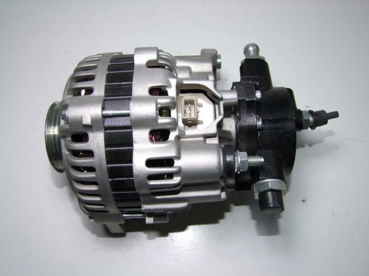 Lichtmaschine Ford Transit 2.5 TD DI inkl.Vakuump.
